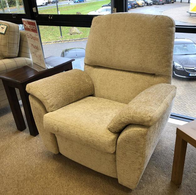 Picture of Trinity Chair in Zanzibar 7140 Fabric